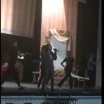 Kristelle in dramma theatre